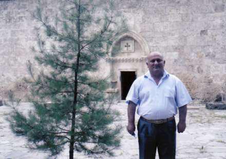 Роман Гукасари