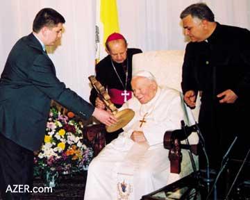 Визит Папы Римского Иоанна Павла II в Азербайджан. Фарида Мамедова