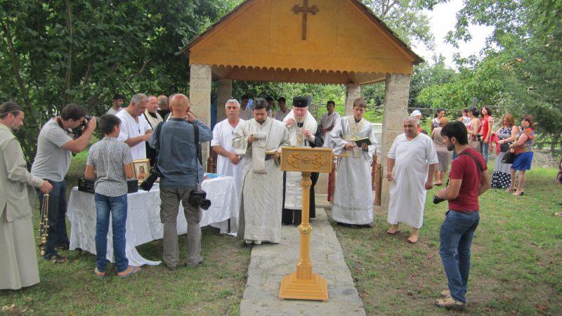 В церкви Святого Елисея (Джотари) состоялось  крещение удин совместно с Архиепископом Бакинским и Азербайджанским Александром .