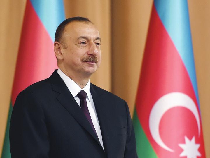 Ильхам Алиев поздравил христианскую общину Азербайджана с Рождеством